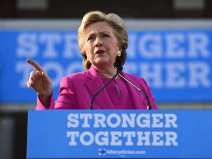 US Democratic presidential nominee Hillary Clinton speaks during a campaign rally in Winterville, North Carolina, on November 3, 2016. / AFP / JEWEL SAMAD (Photo credit should read JEWEL SAMAD/AFP/Getty Images)