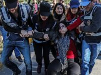 TOPSHOT-TURKEY-KURDS-JUSTICE-DEMO-POLITICS-RIGHTS-PROTEST