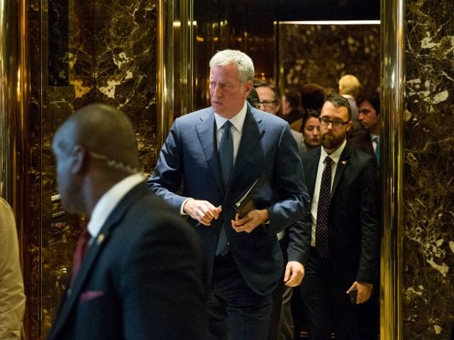New York City Mayor Bill de Blasio leaves the building following his meeting with President-elect Donald Trump at Trump Tower on November 16, 2016 in New York City. . Trump is working on his his presidential cabinet as he transitions from a candidate to the president elect. (Photo by