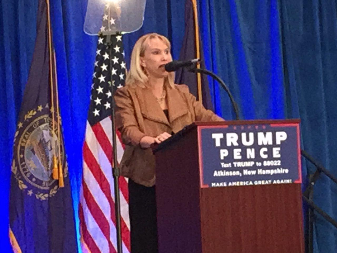 Glenn Doherty sister New Hampshire rally (Joel Pollak : Breitbart News)