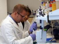 Lab-Technicians-NY-Genome-Center-AP
