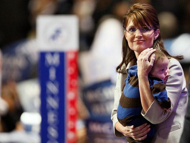 Sarah-Palin-Trig-Palin-2008-RNC-AP