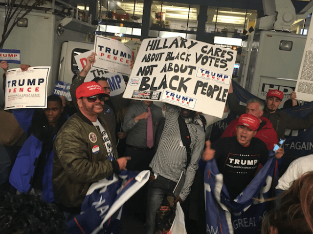Trump Victory Flash Mob (Adelle Nazarian / Breitbart News)