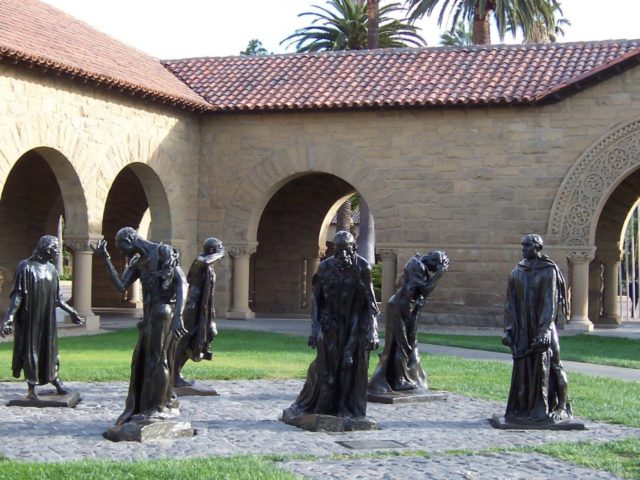 Stanford Burghers on Quad (Introvert / Wikimedia Commons)