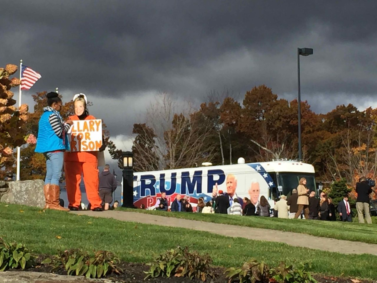 Trump New Hampshire Atkinson Rally outside (Joel Pollak : Breitabrt News)