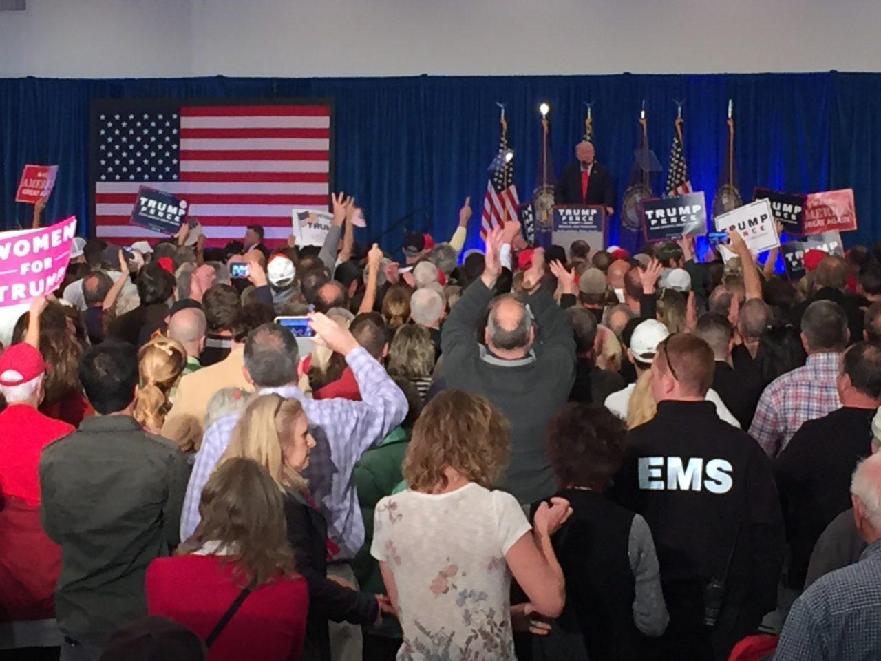 Trump New Hampshire Rally Atkinson Back (Joel Pollak : Breitbart News)