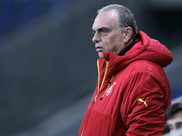 Ghana's Israeli headcoach Avram Grant looks on during the International Friendly football match between Senegal and Ghana on March 28, 2015 at the Oceane stadium, in Le Havre, northwestern France. AFP PHOTO/CHARLY TRIBALLEAU (Photo credit should read CHARLY TRIBALLEAU/AFP/Getty Images)