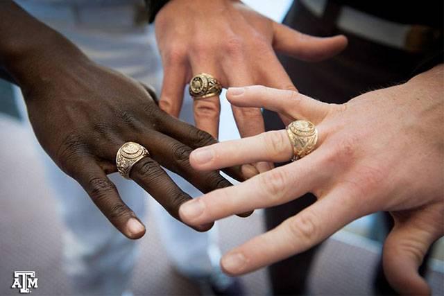 Aggie Ring Dark Antique