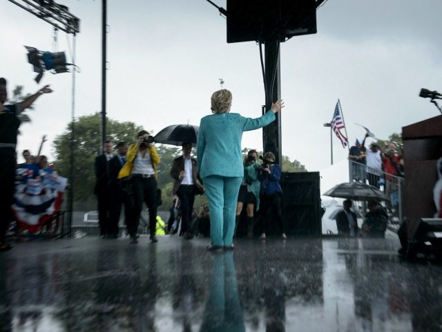 Hillary Clinton's Pembroke Pines, Florida Rally: The Photos You Need to See
