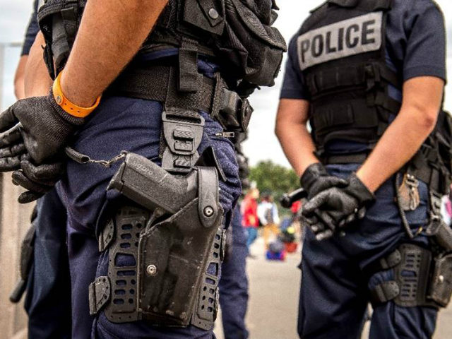 (AFP) - Police have broken up a terror ring plotting …