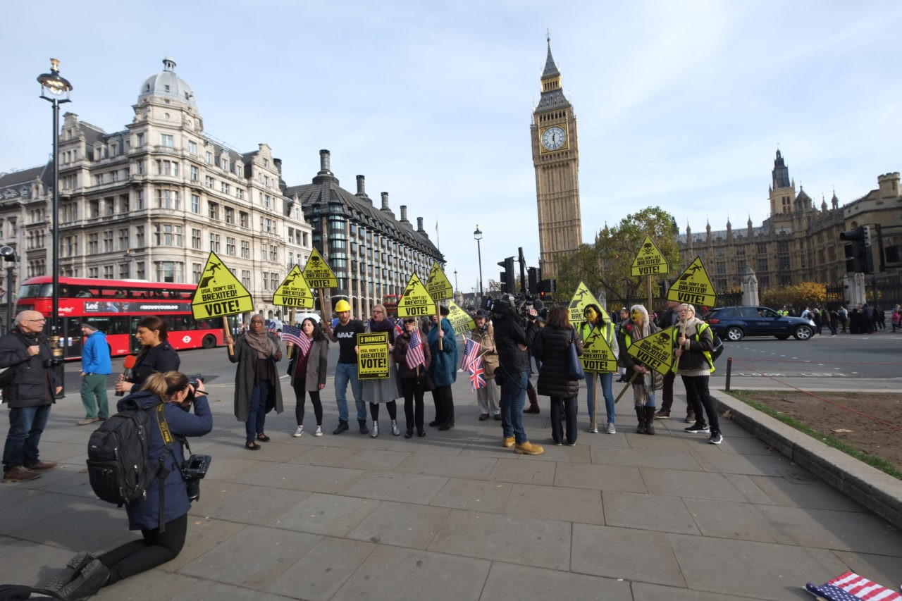 Quite the crowd... (Image credit: Rachel Megawhat/ Breitbart London)