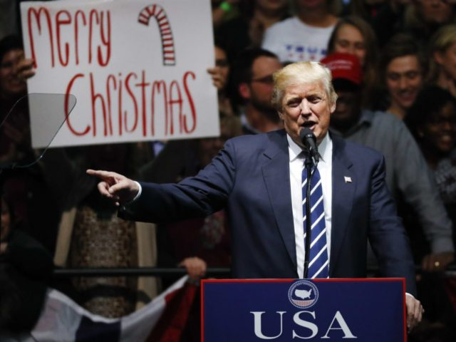 Donald-Trump-Merry-Christmas-12-20-2016 (Paul Sancya / Associated Press)