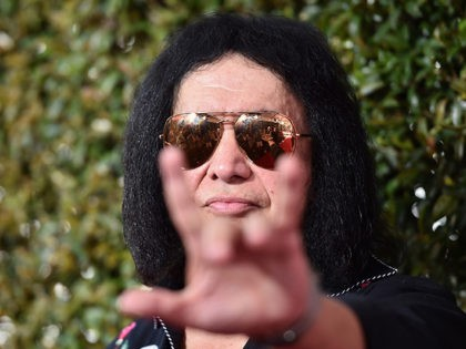 Gene Simmons: Celebrities Need to 'Shut Their Pie Holes' About Politics