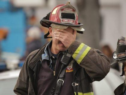 Oakland fire scene (Elijah Nouvelage / Getty)