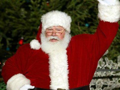 Oregon School District Bans Santa Claus Decorations, Seeks Religious Tolerance