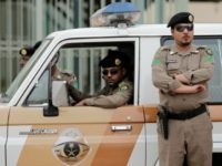 Saudi-officers-ap