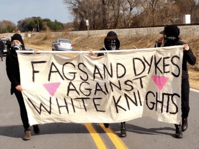 Anti-KKK protest (Alleyeceeing / Twitter)