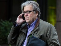 Bannon Calls Left-Wing Journalist to Declare Economic War on China