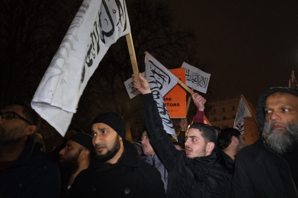 Hizb ut-tahrir protest London