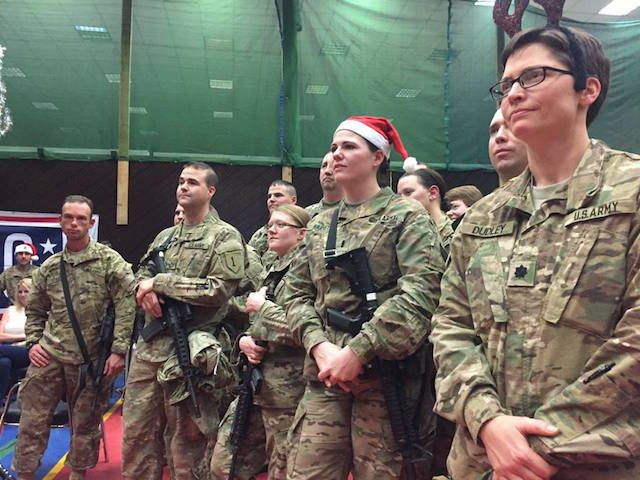 troops-christmas-2016-Operation-Inherent-Resolve