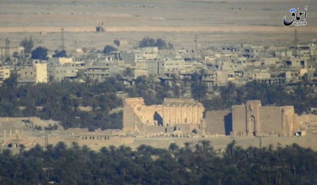 Isis seize tanks and missiles after retaking Palmyra