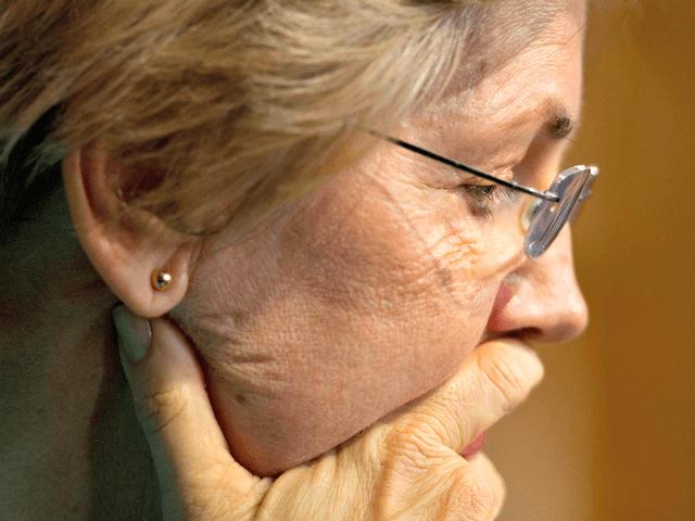 Eliz Warren Contemplates AP
