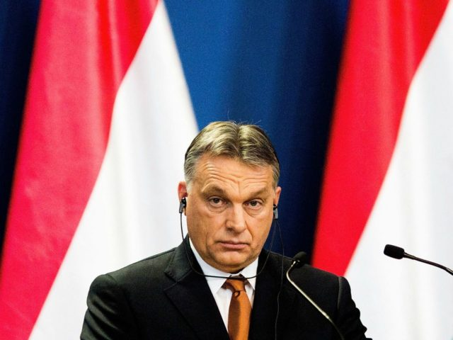 EU Parliament Calls for Sanctions Against Hungary Over Harsh Refugee Laws, NGOs