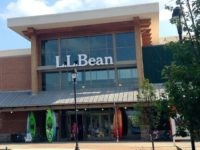 L.L. Bean (Mike Mozart / Flickr / CC / Cropped)