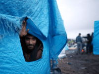 French Authorities Forced To Provide Facilities For Calais Migrants After Court Battle