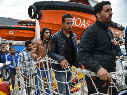 Africa Expert Warns Western Aid May Have Contributed to Next Migrant Crisis