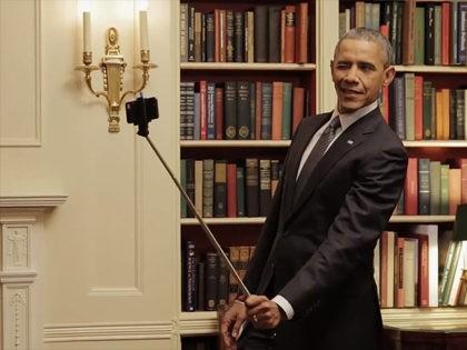 Obama-Selfie-Stick-Facebook