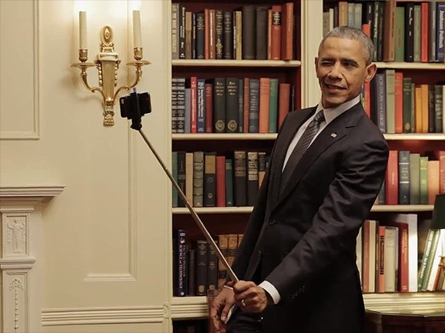 Obama-Selfie-Stick-Facebook