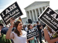 Pro-Life-Abortion-Protester-US-SCOTUS-2016-Getty