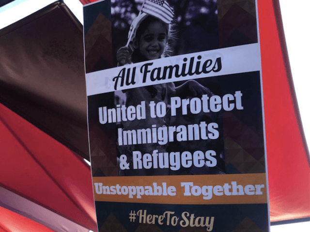 Illegal Aliens anti-Trump rally (@MiFamiliaVota / Twitter)