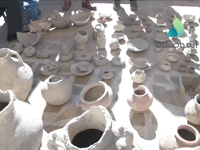Mosul: Iraqi Soldiers Find Trove of Ancient Artifacts in Islamic State Emir's Home