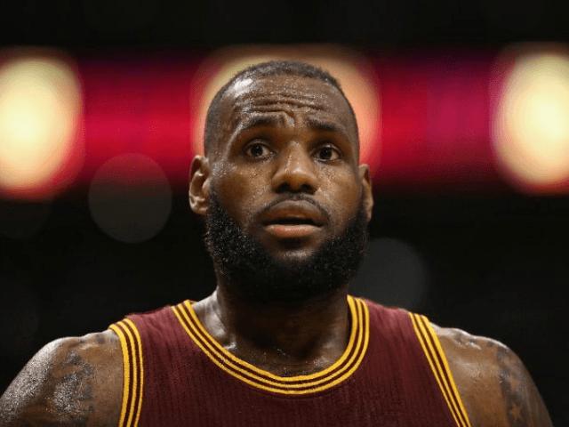 a0514efe4fa Cleveland Cavaliers Star LeBron James Calls Donald Trump Votes  Goofy