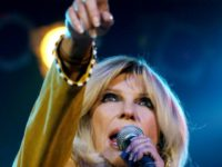 Nancy Sinatra Slams CNN, Congratulates Trump: 'Why Do You Lie, CNN?'