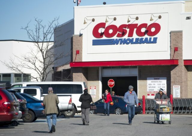 Suspected Costco thieves walk right into arms of Seattle police