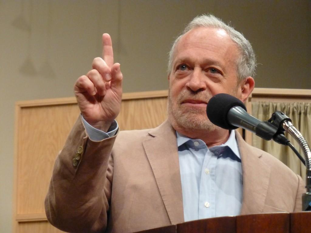 Robert Reich Lies, Claims Breitbart News Organized Berkeley Riots | Breitbart