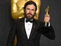 Leftist Media Rip Academy for Awarding 'F*cking Creep' Casey Affleck Best Actor Prize