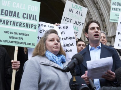 BRITAIN-MARRIAGE-GAYS-COURT-RIGHTS