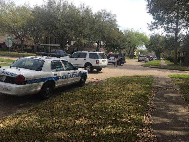 Houston Police officers shot - chron photo