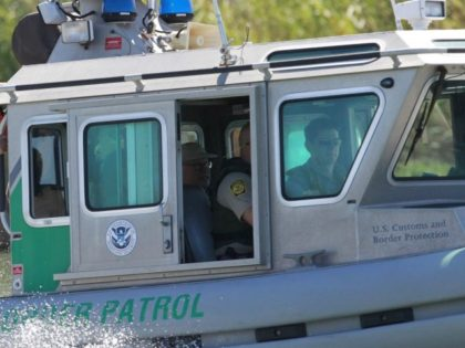 Immigration_Border_Patrol_90047.jpg-03117