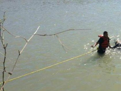 Pulling Body out of river