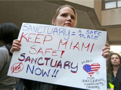 Poll: Only 35 Percent of Americans Want to Live in Sanctuary Cities