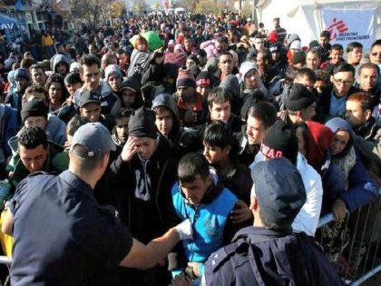 Syrian-Refugees-Darko-Vojinovic-AP-640x480