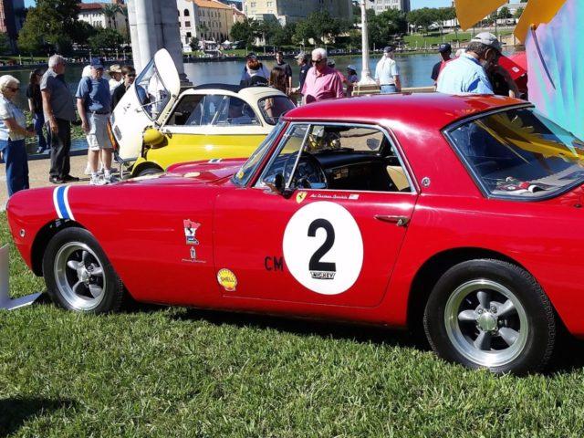 Vintage Ferrari (Michael Curi / Flickr / CC / Cropped)