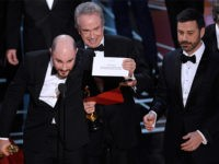 Oscars Disaster: Beatty and Dunaway Announce Wrong Best Picture Winner