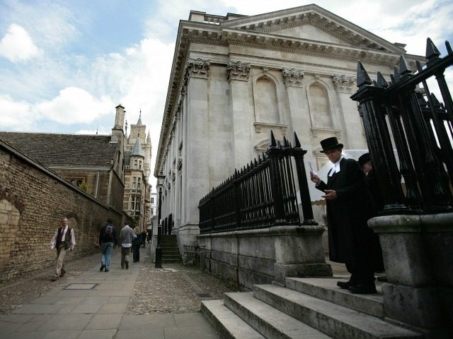General view of the Cambridge University campus on June 23, 2008. In 2009, Cambridge university will be marking its 800th anniversary. AFP PHOTO /Shaun Curry