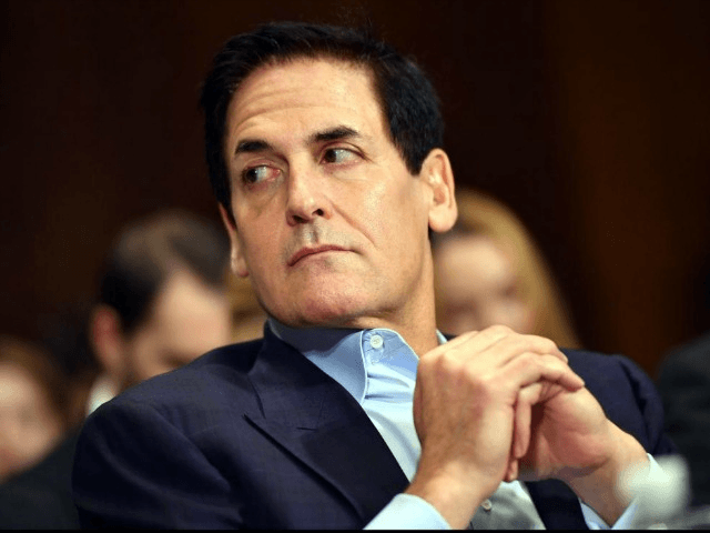 Dallas Mavericks owner Mark Cuban gets dab-dissed by boy